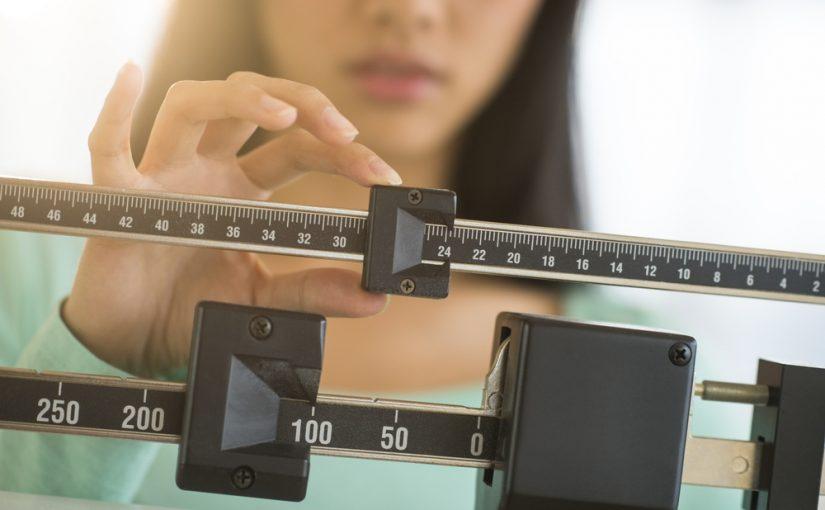 Cantidad de calorías diarias que debes consumir para bajar de peso
