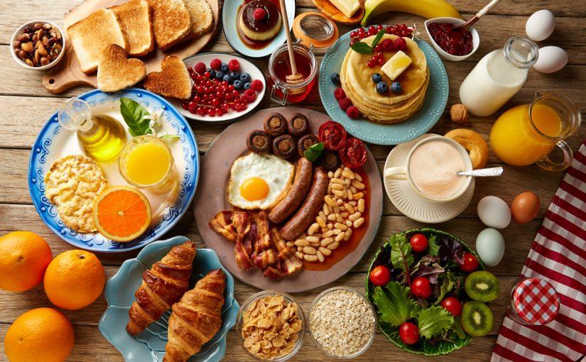 Cuántas calorías hay que tomar al día