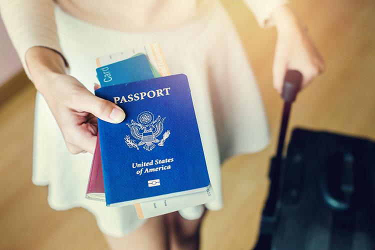 cuanto tiempo de vigencia tiene que tener el pasaporte para viajar