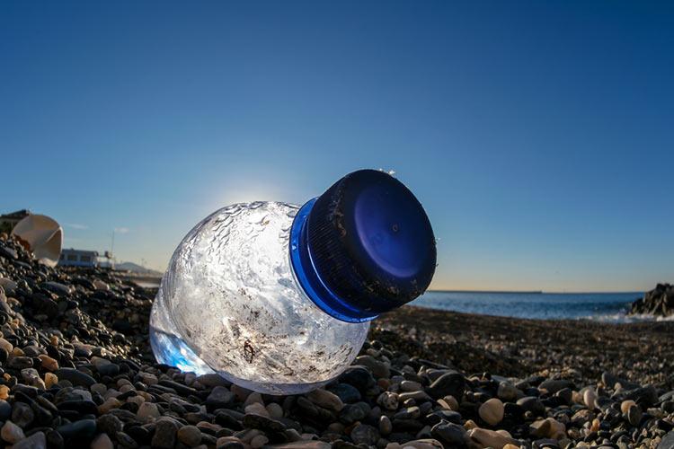 cuanto tiempo tarda plastico en degradarse