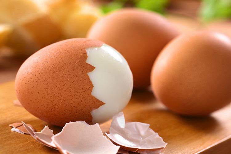 cuanto duran huevos duros o cocidos nevera